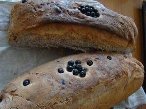 Kruh s aronijom