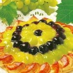 Vijenac s grožđem od lisnatog tijesta