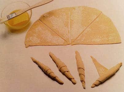 Slani roščići s ementalerom i kuminom