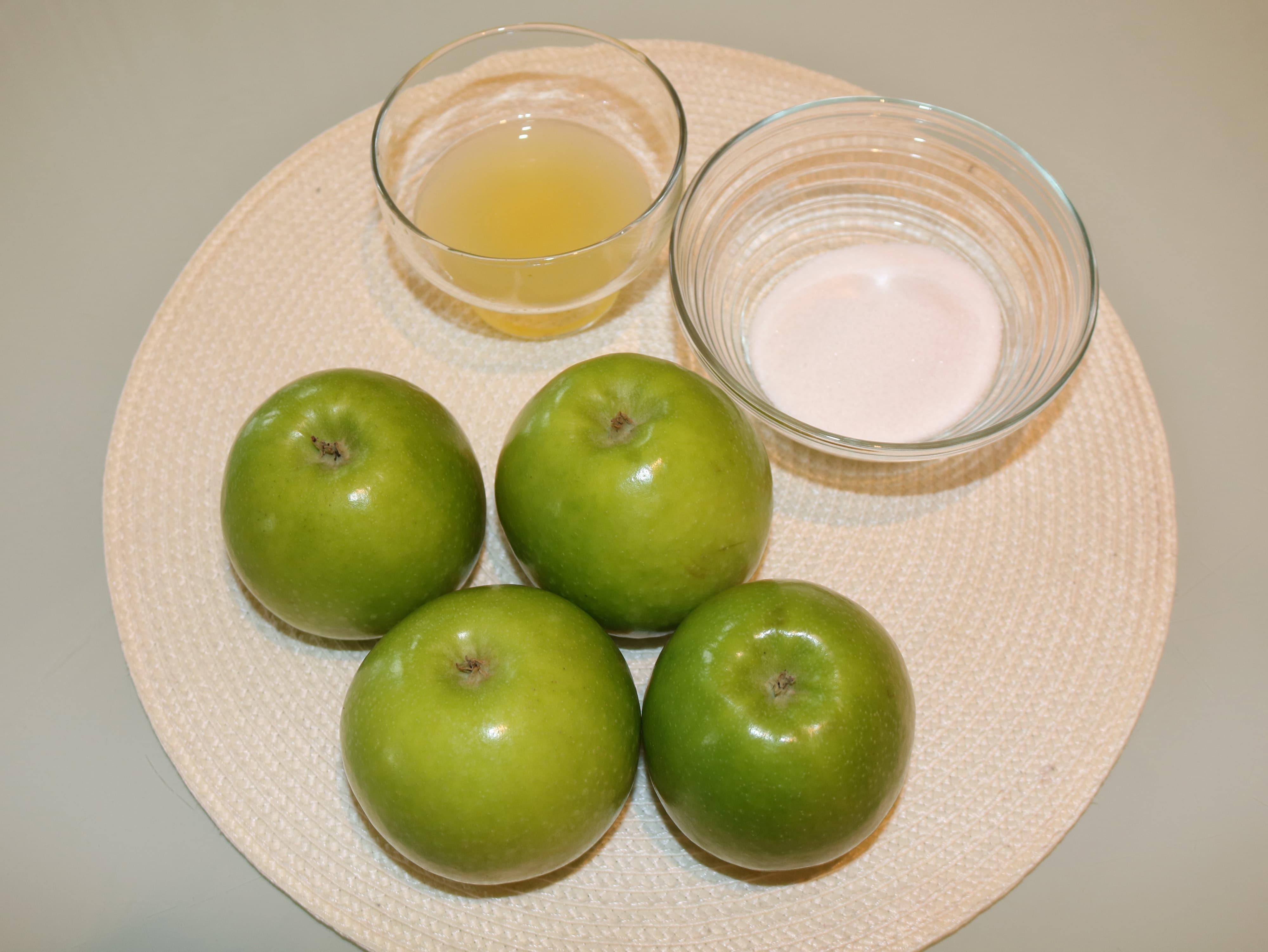 Pužići s jabukama