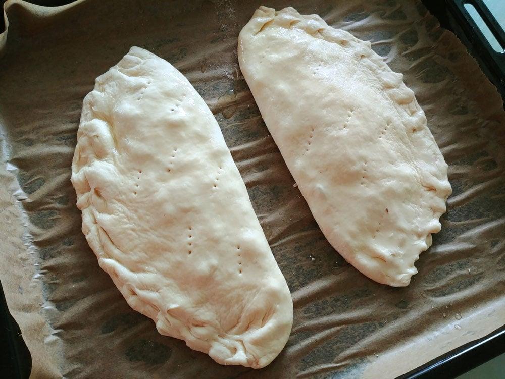 Calzone (punjena pizza)