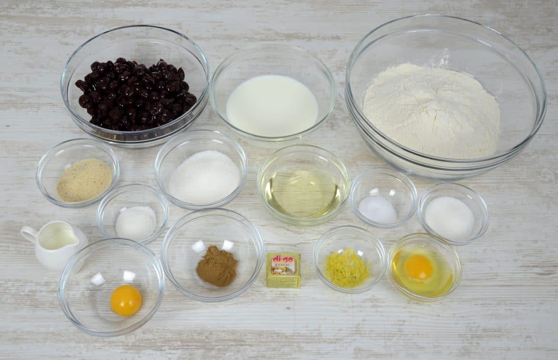 Jednostavni kolač s višnjama